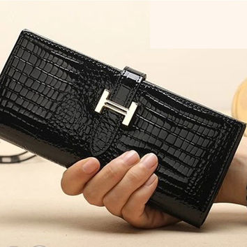 H Hot Sales Crocodile Pattern Wallet Korean Fashional Women's Hand Bag Clutch Wallets Purses Factory Price