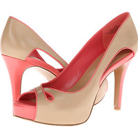 Nine West Cutthetude