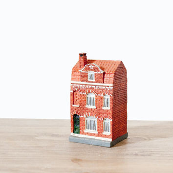 Miniature french townhouse brick - Vintage traditionnal french little house - architectural model collectable miniature train - home decor