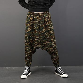 New Arrival Personality Printed Camouflage Harem Pants Men Fashion Hip-hop Big Baggy Drop Crotch Pants Loose Dancer Trousers