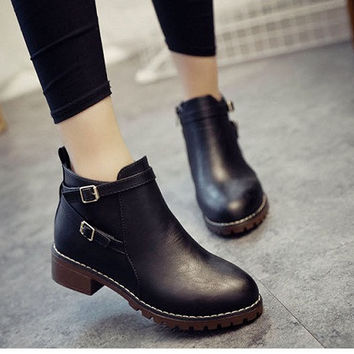 Autumn Women Ankle Boots Fashion Flat Slip-on Leather Motorcycle Boots