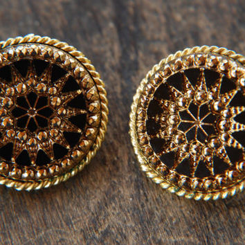 Vintage LJM Clip Earrings Round Black Sunburst Victorian Revival Laurentian Jewelry Manufacturing 1960's / Vintage Designer Costume Jewelry
