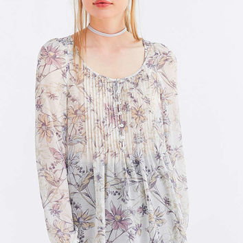 Kimchi Blue Floral Pintucked Blouse - Urban Outfitters
