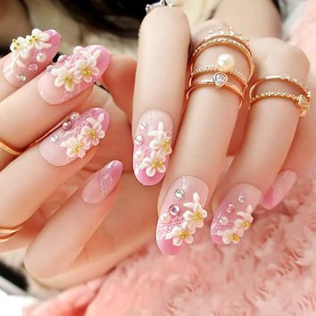 3D Carved Flowers With Rhinestones Nail Tips