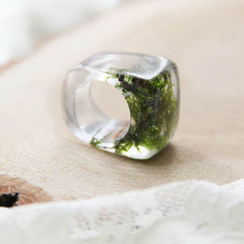 Resin Moss Ring, Forest Resin Ring, Transparent Resin Ring With Moss, Unique Resin Ring, Nature Inspired Ring, Moss Jewelry, Gift For Her