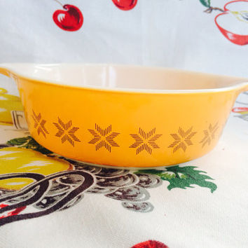 Pyrex Town and Country 477 Bowl 1 Pt Orange with Brown Hex Signs