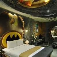 Amazing Bedroom Design with Batman-Inspired Interior in Eden Motel » Home Interior Ideas, Home Decorating, Home Furniture, Home Architecture, Room Design Ideas