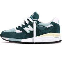 M998CSAM 'Connoisseur Explore By Sea' Sneakers Green / Off White