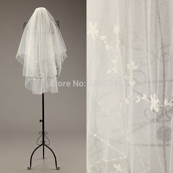 BV001 Wedding Accessaries Elegant Real Sample Wedding Veils with Comb Two Layered Bridal Veils Beaded