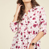 Creative Career Conference Button-Up Top in Fuchsia Flora | Mod Retro Vintage Short Sleeve Shirts | ModCloth.com