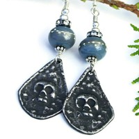 Goth Skull Handmade Earrings, Halloween Day of the Dead Gray Lampwork Crystals Jewelry
