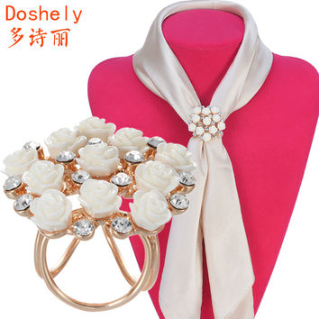 Elegant beautiful Women jewelry Gold plated Czech diamond Shell White Rose flower Brooches Shawl Scarves Scarf buckle ring clips
