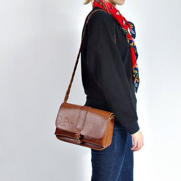 70s Shoulder Leather Bag / Braid  Strap Stachel Messenger Crossbody Bag / Embossed Leather / Bohemian Style