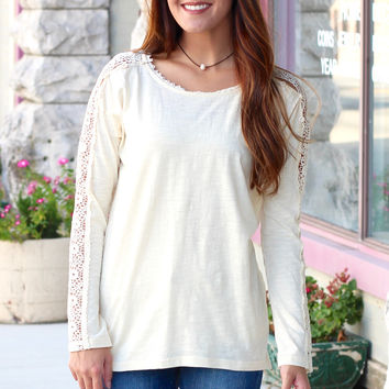 Long Sleeve Lace Accent Knit Top {Cream}