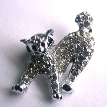 Rhinestone Cat Brooch Feline Pin