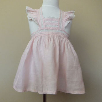 1950s Vintage Little Girls Pinafore / toddler Pink Dress / Baby Apron / Ruffles / Lace / Bow