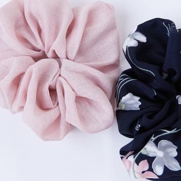Phoebe Scrunchie Set