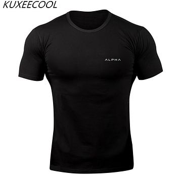 2018 men's spring and summer sportsing fitness spring, stretch, cotton leisure  equipment exercise T - shirt.