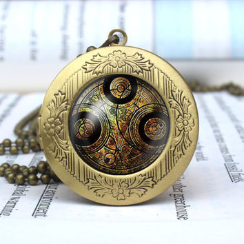 Doctor Who Time Lord Necklace, Dr. Who Time Seal Pendant, Geekery necklace charm, Time Seal Necklace vintage pendant locket necklace