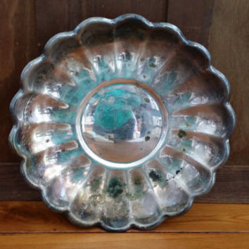 Vintage Round Reed and Barton Silver Tray Perfect for Decor and Entertaining