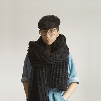 The Soopa Scarf  in Black