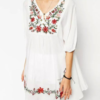 White Floral Embroidery Sleeve Dress