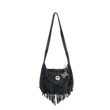 FRINGED leather vintage 80s BOHO purse. Black leather Crossbody bag. Grunge Southwestern shoulder bag. 1980s womens Western fringe purse.