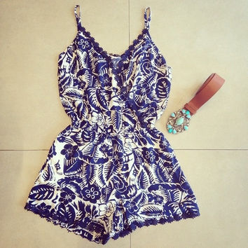 Women's Strap Printed Jumpsuits Female lace shorts Casual sexy patterns Sleeveless Playsuit Romper Overalls Coverall LQ8682 = 5617221889