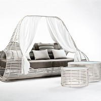 Canopy garden bed Lolah Collection by KENNETH COBONPUE | design Kenneth Cobonpue