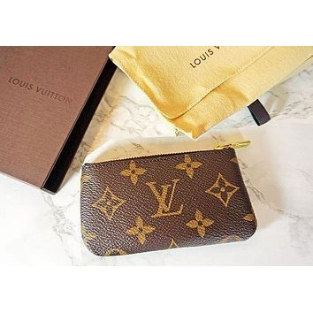 PEAPV9O LV Louis Vuitton Women's Fashion Handbag Bracelet Key Bag F