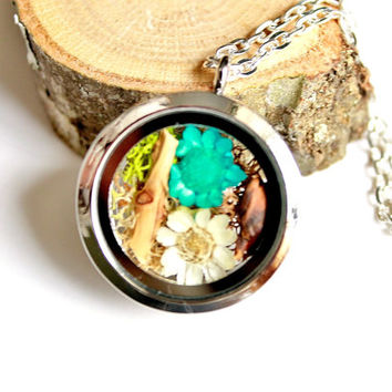 Terrarium Necklace Flowers, Moss, Branch and Pinecone Nature Jewelry Glass Locket Pendant