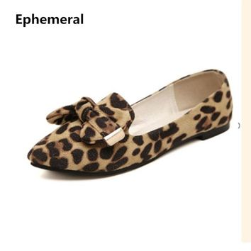 Lady Plus size US12 Bow-Knot Flats Leopard Printed Nubuckle leather Round toe Women Leisure Shoes Matching Shoes and Bags Italy