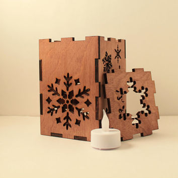 Snowflake tealight lantern Wood candle holder Shadow box Led flameless candle Laser cut candleholder Led light Night light Wood light Winter