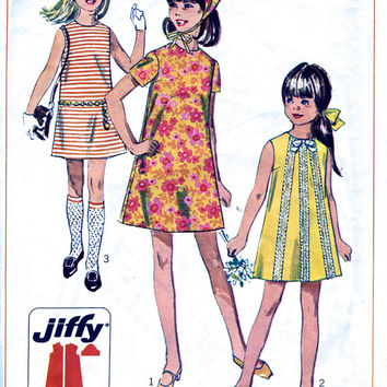 """1960's Dress And Head Scarf / Girl's Shift Dress / Mini Dress / Vintage Sewing Pattern. Simplicity Jiffy 7521. Bust 30"""""""
