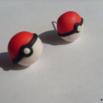 Poke Ball stud earrings (polymer clay) pokeball poke ball