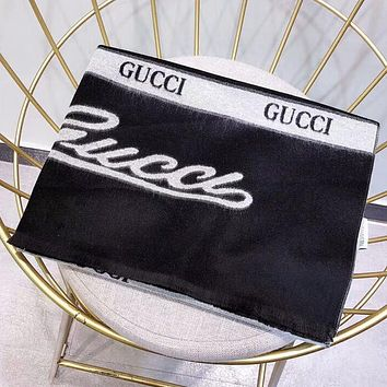 GUCCI Stylish Retro Warm Cashmere Cape Scarf Scarves Shawl Accessories