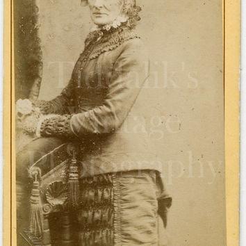 CDV Carte de Visite Photo - Victorian Old Woman, Ringlets Standing Portrait- R Banks of Manchester  - Antique Photograph