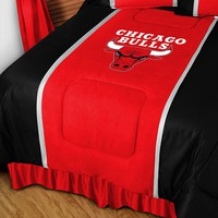 Chicago Bulls Comforter - Full/Queen (Red)