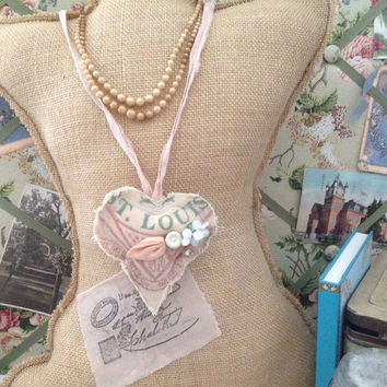 Vintage flour sack heart necklace, rustic jewelry, primative jewelry, vintafe flour sacks