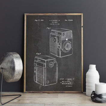 Camera Art Poster, Retro Camera, Camera Patent Poster, Camera Wall Print, Vintage Camera Decor, Brownie Camera Art, Decor, INSTANT DOWNLOAD