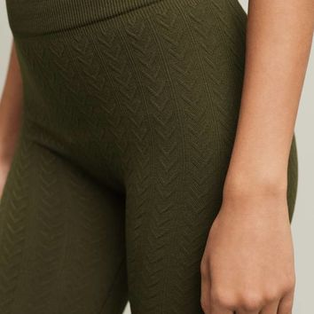 Fleece-Lined Cabeled Leggings