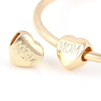 Charms 10 Pcs a Lot Gold Plated Heart With MOM Letter Fits Pandora Bracelets Beads