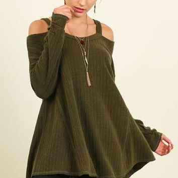 Umgee open shoulder knit top with flowy A-line body