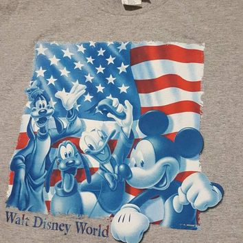 Vintage Walt Disney World USA Shirt Sz med magic kingdom goofy pluto