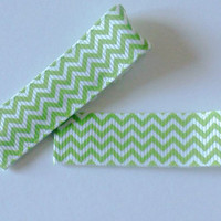 Chevron hair clips - Large green alligator clip pair - Women and girls hair pattern accessories - pinup pin back bangs - spring accessory