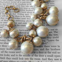 PRICE REDUCED Chunky Pearl Bracelet ~ Brass-Plated Preppy Jewelry ~ Statement Chain, Vintage Like-New Condition