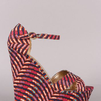 Bamboo Abstract Print Crossband Platform Wedge