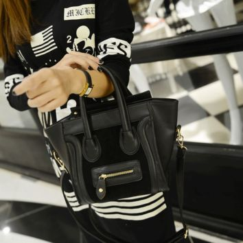 Women fashion handbags on sale = 4473664964