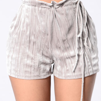 A Dream Come True Shorts - Taupe