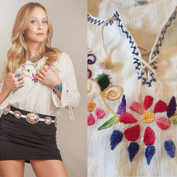 Womens White Embroidered 70s Boho Blouse - One Size S M L | Bell Sleeve Gauzy Bohemian Hippie Peasant Top Ethnic Mexican Embroidered Blouse